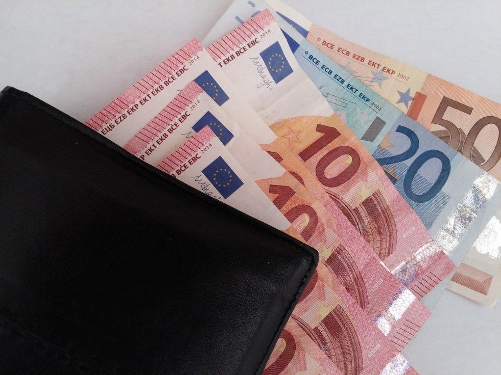 bd648ce79d26f Celková suma preddavku na daň bude vo výške 698,65 €.