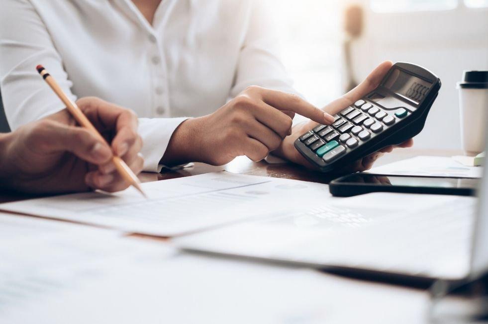 odklad platby preddavkov na daň z príjmov