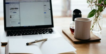 Online vzdelávanie hýbe svetom. Pri kurzoch s výkladom lektora naživo sú pokroky efektívnejšie